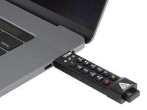 A sk3nxc Macbook